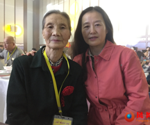 奇迹!这对女同学结伴入疆 苦寻65年后竟在返乡活动中重逢