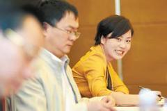 杨娟娟:一心为民的好代表
