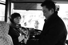 """长沙公交司机里的""""夫妻档"""""""
